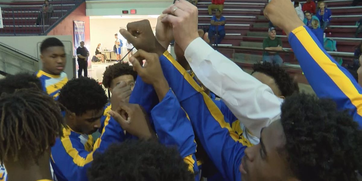 High School Basketball: First round boys playoff action