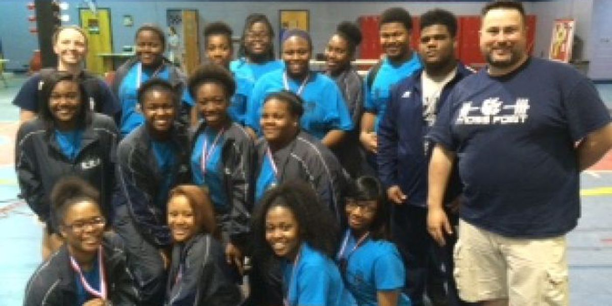 MPHS girls powerlifting team earns top 10 national ranking