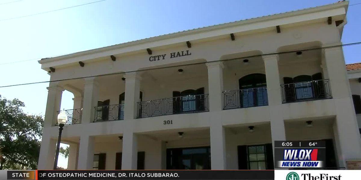 Waveland leaders sworn back in to office