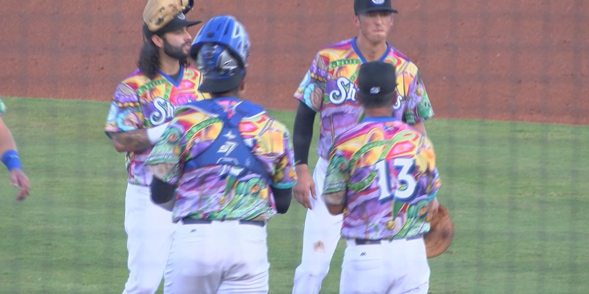 Strong game from Jacksonville's Guzman stifles Shuckers