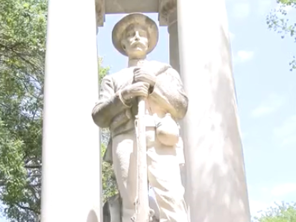 Confederate statue to be removed from Lowndes Co. courthouse