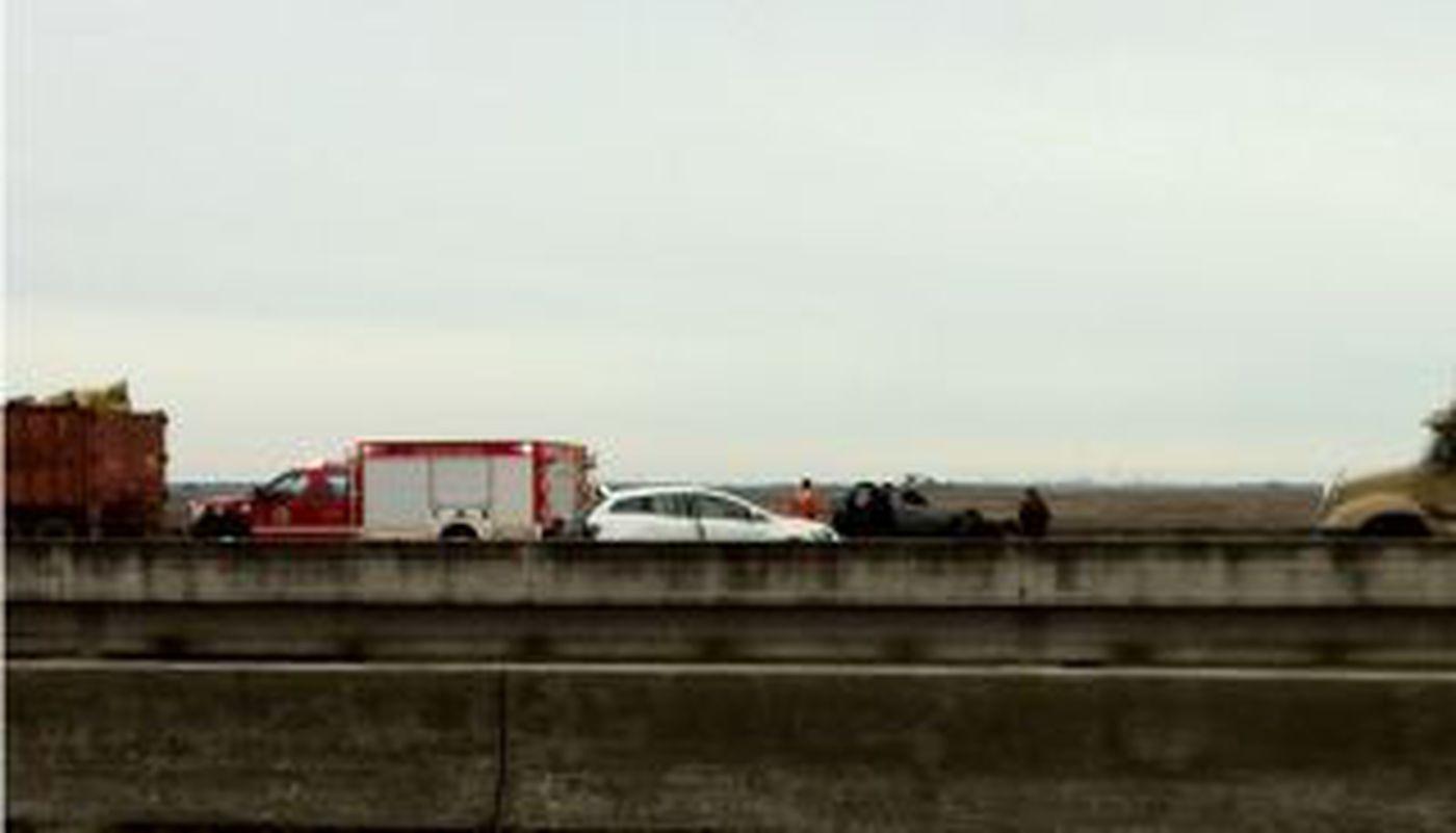 Multiple vehicle accident on I-10 in Pascagoula