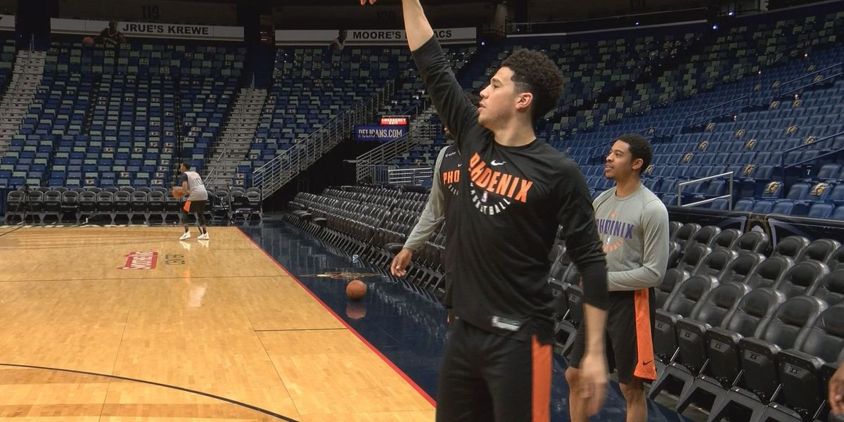 Moss Point's Devin Booker signs 5-year, $158M max contract extension with Phoenix Suns