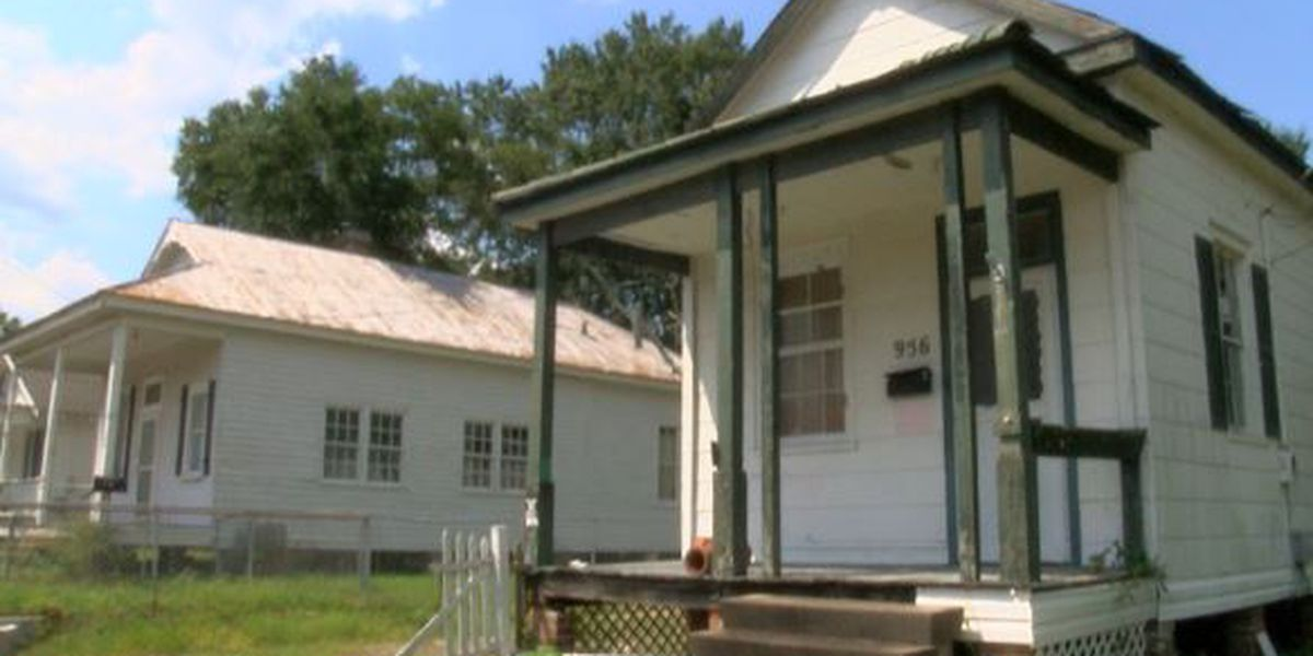 Biloxi hopes to save some of its old school charm