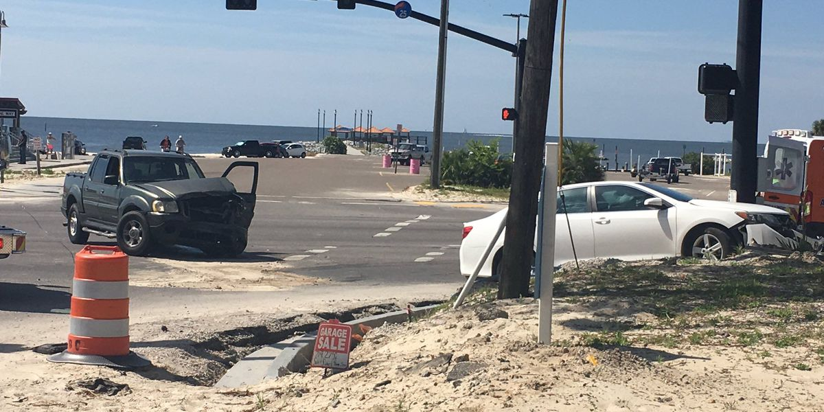 Highway 90, Courthouse Road now clear after crash