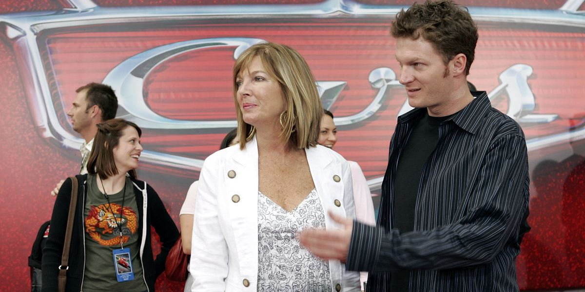 Brenda Jackson, Dale Earnhardt Jr.'s mother, dies after battle with cancer