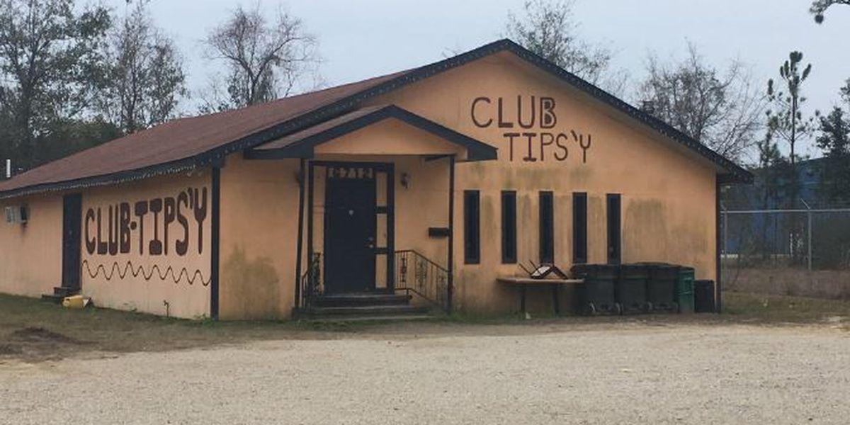 Two people shot inside Moss Point nightclub