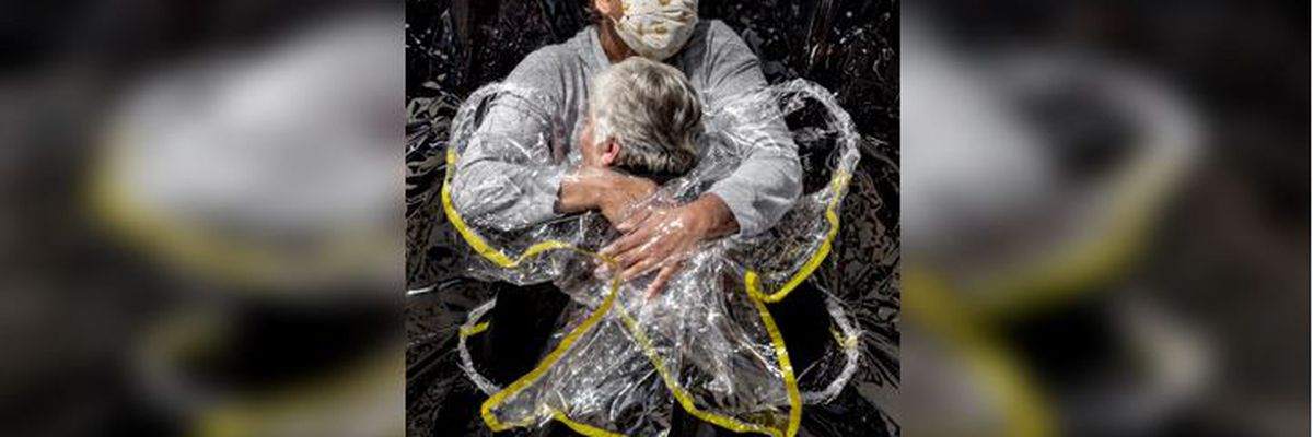 Coronavirus hug image named World Press Photo of the Year