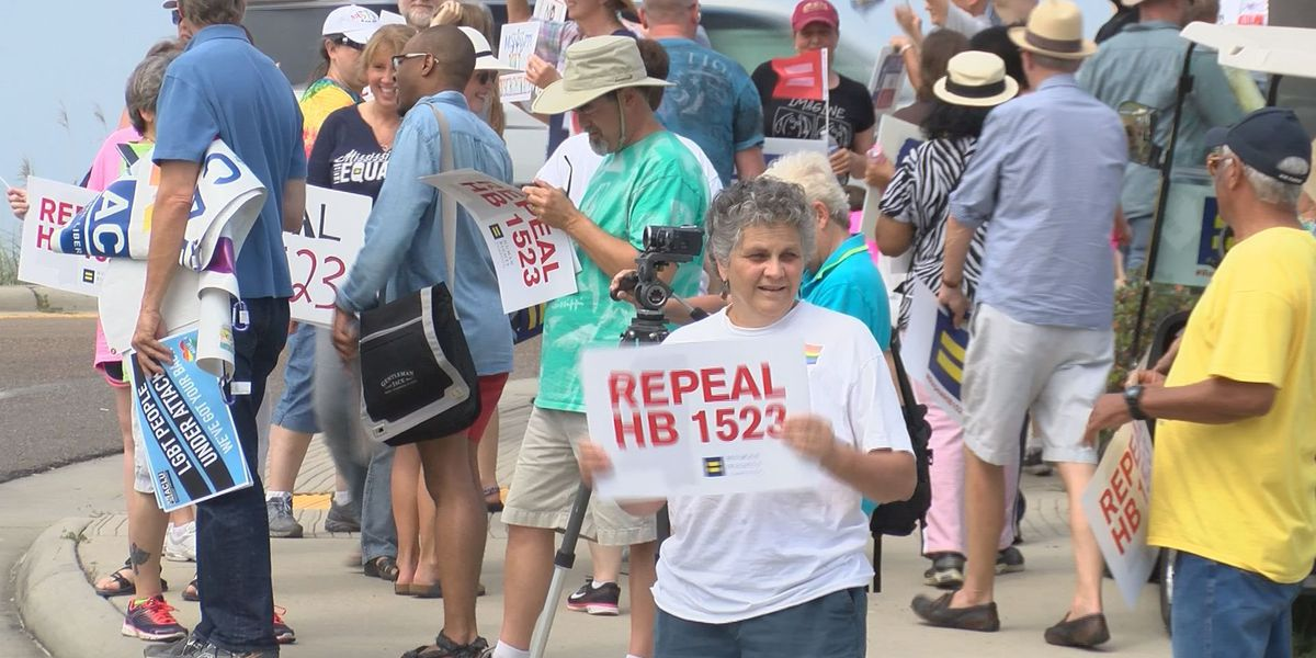No Hate in Our State rally draws big crowd