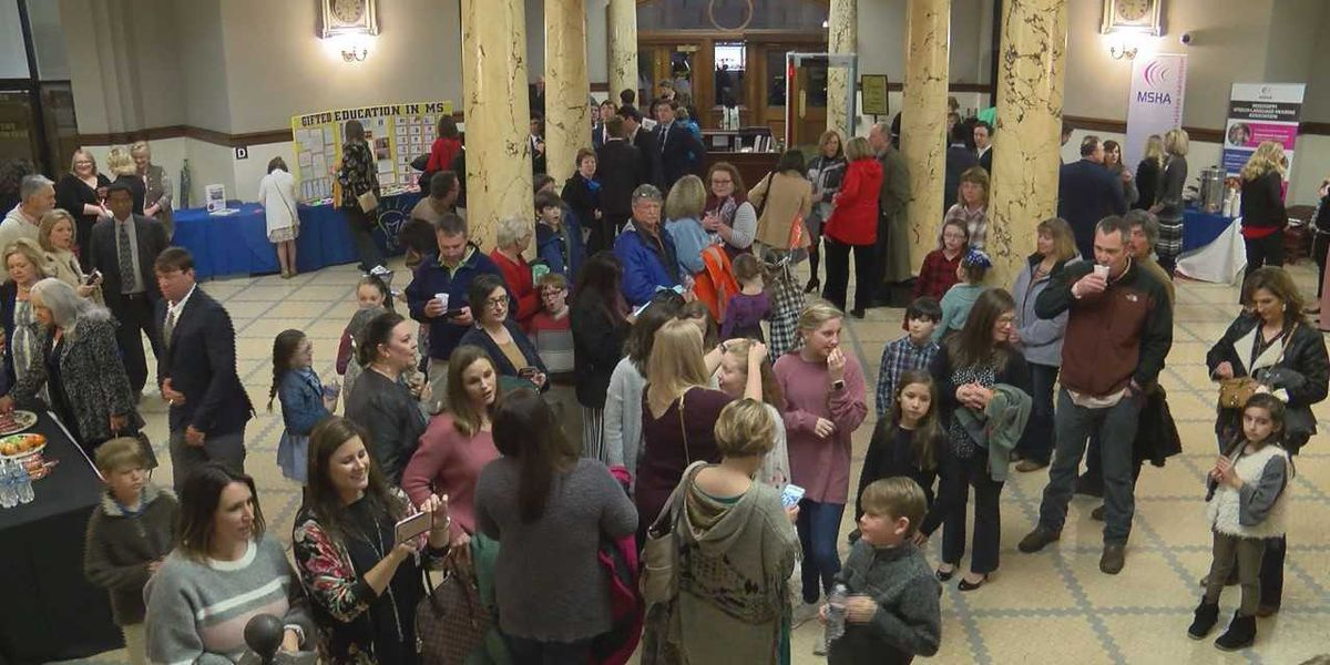 Hundreds of students head to Mississippi Capitol to talk about gifted education